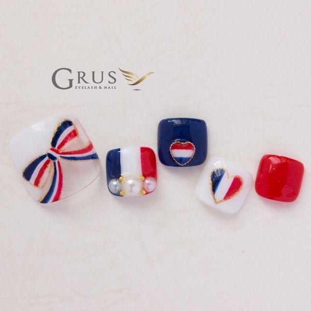 ネイル 画像 GRUS 守口 1630639 白 ネイビー 赤 リボン ハート 国旗 夏 春 デート 海 ソフトジェル フット
