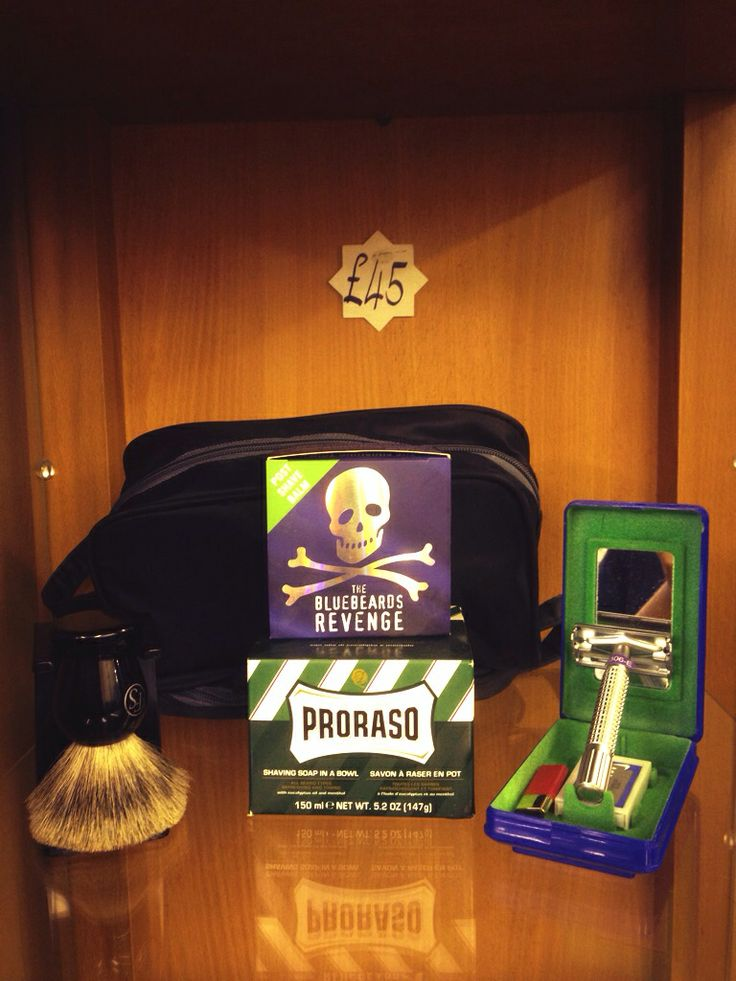 90 best images about shaving on pinterest toiletry bag badger brush and men 39 s grooming. Black Bedroom Furniture Sets. Home Design Ideas