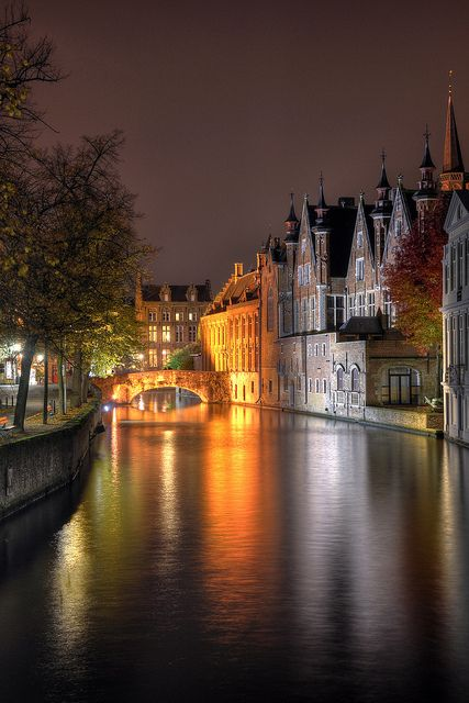 Canal - Brugge, Belgium  http://www.travelandtransitions.com/destinations/destination-advice/europe/