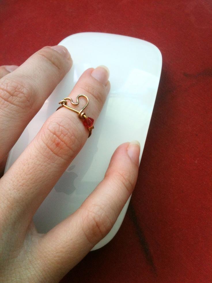 Middle finger heart ring | I lyKe | Gold rings, Rings ...