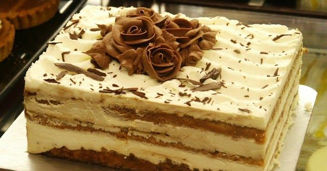 El postre napoleon es frio y elaborado con galletas dulces y una cema preparada con leche, crema y leche condensada, un dulce que seguro g...