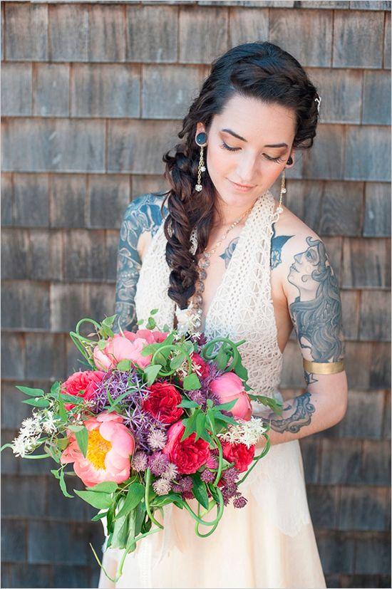 alternative bridal looks and a super amazing bright bouquet