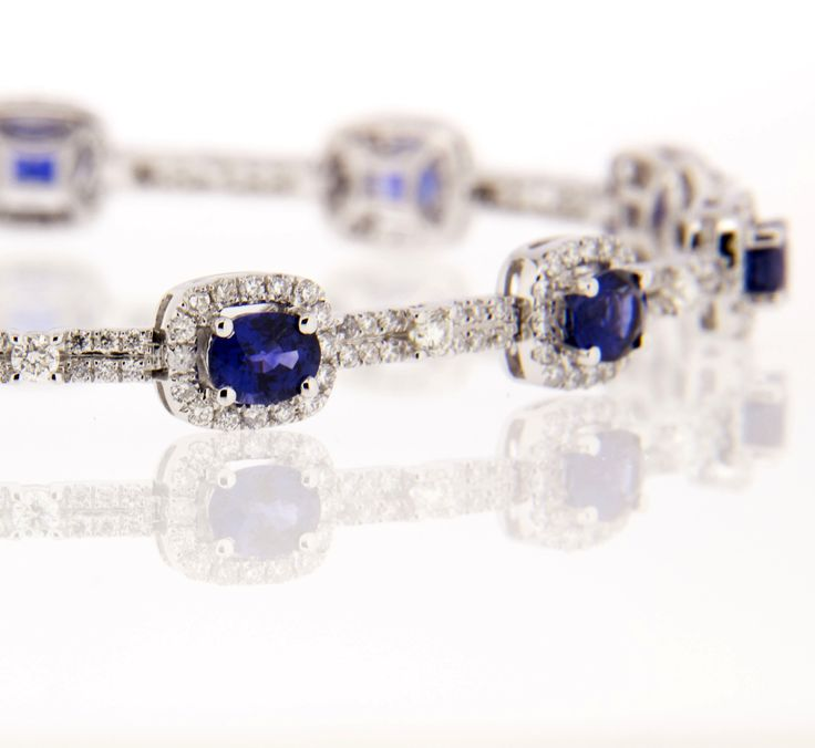 Blue Sapphire & diamond bracelet LOVE LOVE #diamond #bracalet  #wedding #ideas #love #marryme #diamondsinternational