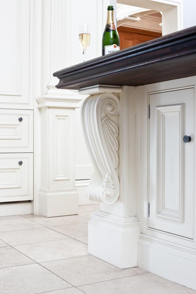 Clive Christian architectural corbelled pilaster.
