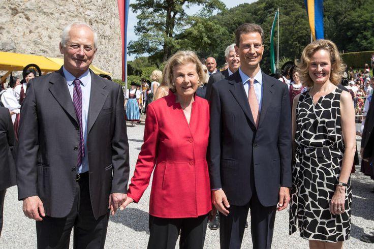 Staatsfeiertag Staatsakt auf Schloss Vaduz