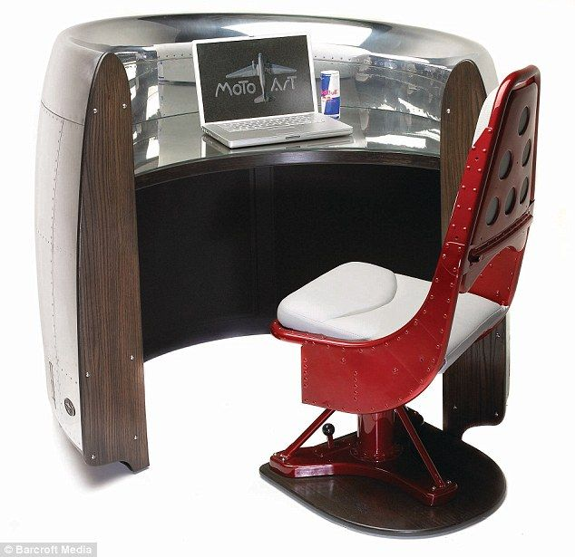 Powerful desk: The B-727 Cowling Airplane Valet Desk - this once covered the 727¿s engines which offered 14,000 pounds of thrustDesks Chairs, Valet Desks, Airplanes Recycle, 727 Desks, Furniture, 727 S Engineering, B 727 Cowls, Airplanes Valet, Cowls Airplanes