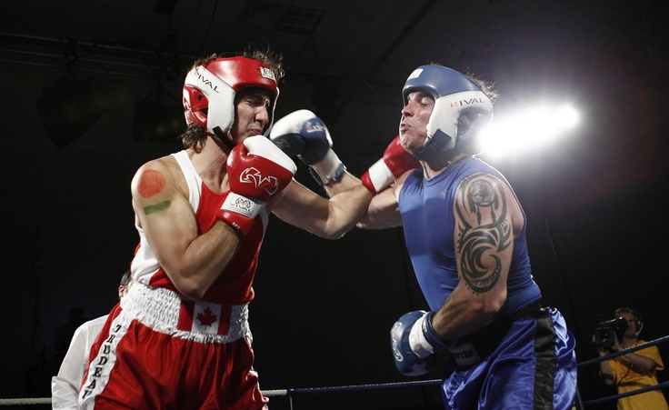 Underdog Justin Trudeau comes out victorious in boxing match against Tory senator Patrick Brazeau: Photogallery