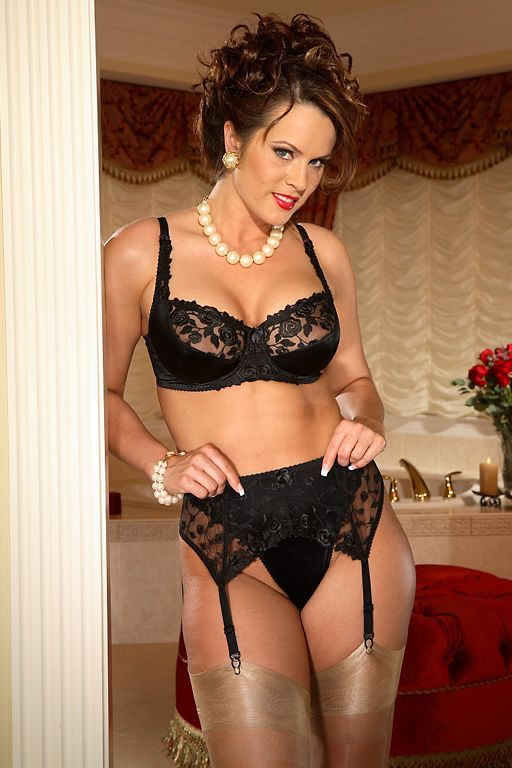 1000 images about ashley secrets in lace model on pinterest lace satin and stockings. Black Bedroom Furniture Sets. Home Design Ideas