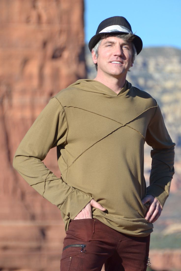 Men's Meta Longsleeve Hoodie, made out of #bamboo and #organiccotton it's a great #sustainable choice for you #ecofriendly men out there. #gogreen #ecofashion