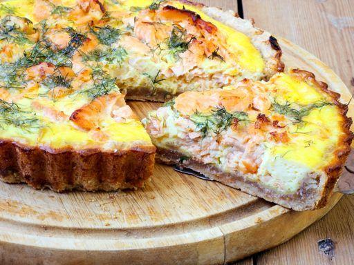 Quiche aux deux saumons - Recette de cuisine Marmiton : une recette