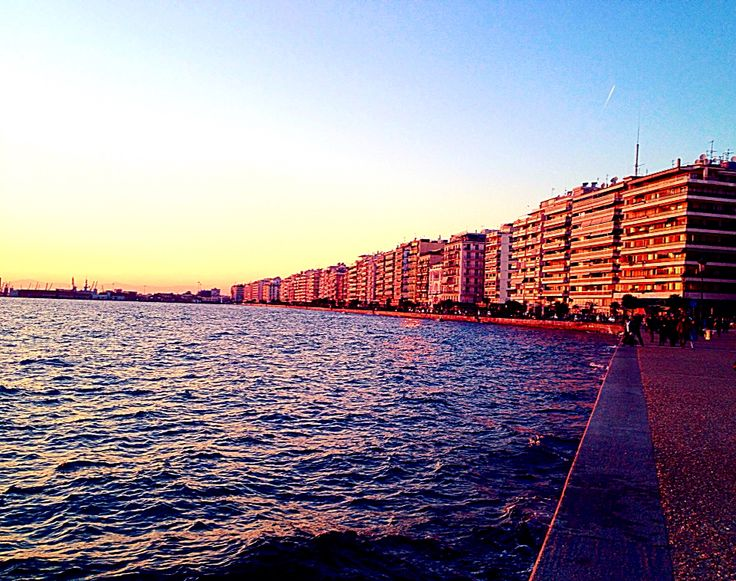 Thessaloniki Port #mjdoddy collection Welcome Sun #photoexpress #wonderland #whatawonderfulworld #whenthesunsgoesup #sunset #sunshine #seethebeauty #relax #thessaloniki #iphoneonly #instagreece #imagine #orange #aviary #deluxefx #feelings #feelthevibe #Greece #keepthespiritalive #colors #chill #nature #magic #Hellas
