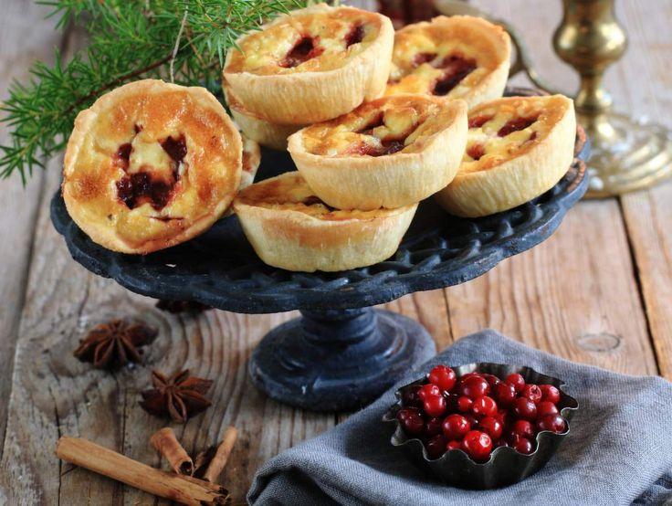 Äntligen advent! Bjud in vänner, släkt, grannar eller kolleger på glöggmys. Här är sex läckra tilltugg med härliga julsmaker som passar till den varma drycken.