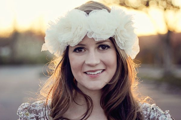Adapt this technique for a Fairy crown or Flower Girl  --see kate sew: ruffled flower crown tutorial