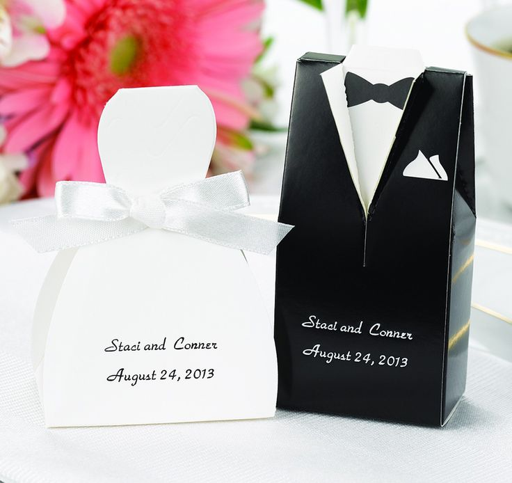 Find white wedding favors for your white