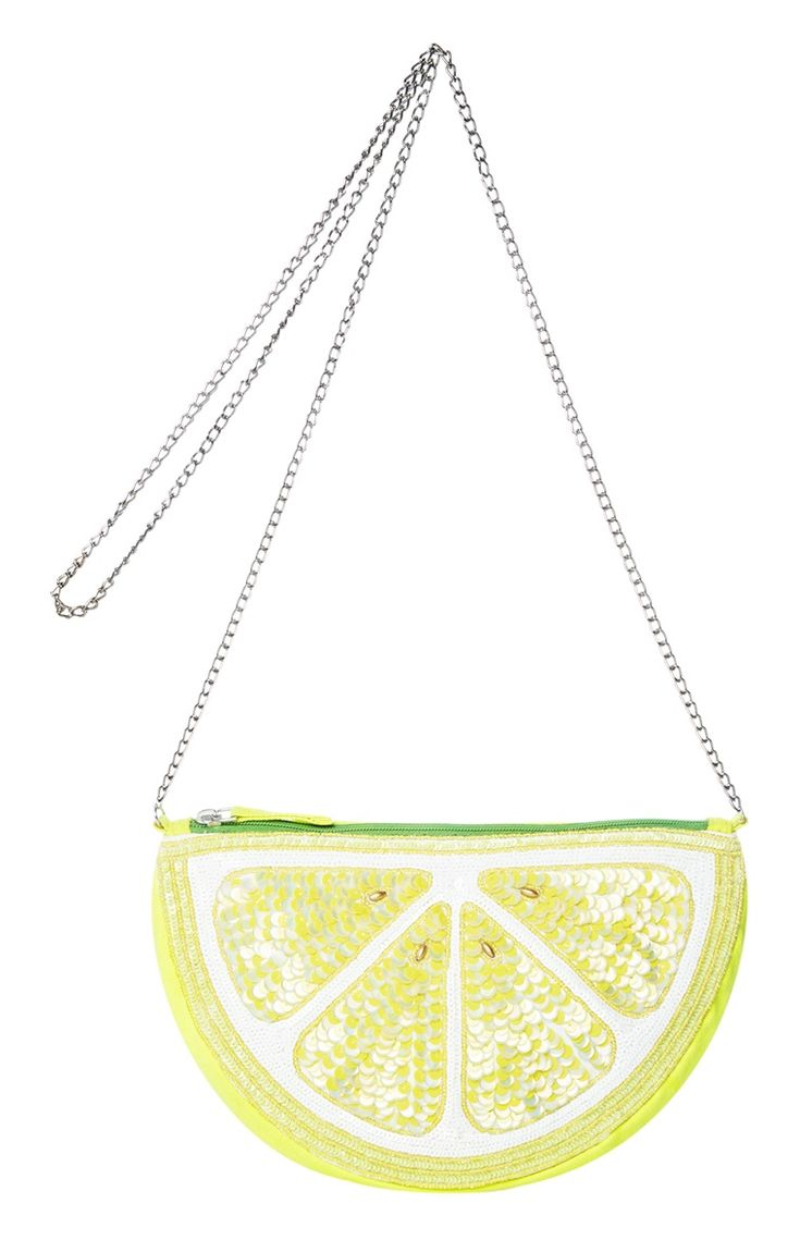Lemon Purse, because wy not? ~ Mary Wald's Place -  Primark - Products