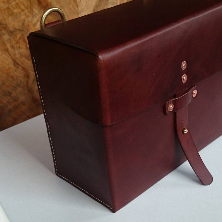 Completed bespoke Camera Case for a client based on swiss military ammo case #mesleatherlondon #donebyhand #madeinengland #leather #cameracase