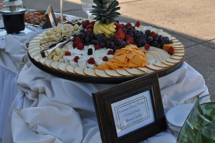 Cheese and crackers appetizers display