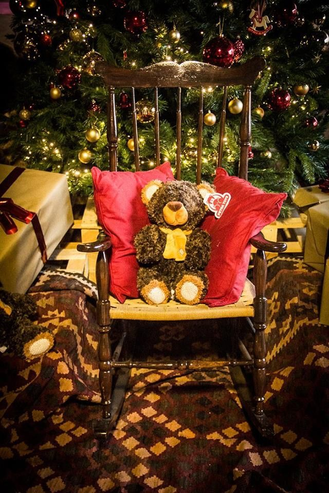 Waiting Christmas Day.