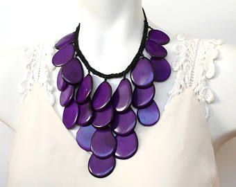 Collar de tagua, collar de declaración, púrpura collar, collar de verano, regalo para ella, joyas, capas collar, collar de cóctel en negrilla