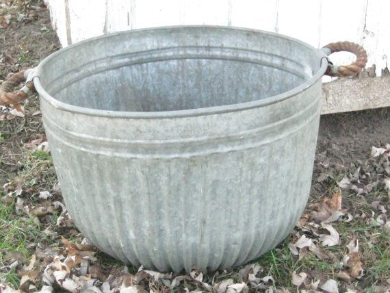 Vintage galvanized steel wash tub withrope by for Old galvanized bathtub
