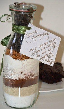 die besten 25 brownie backmischung ideen auf pinterest brownies im glas backmischung im glas. Black Bedroom Furniture Sets. Home Design Ideas