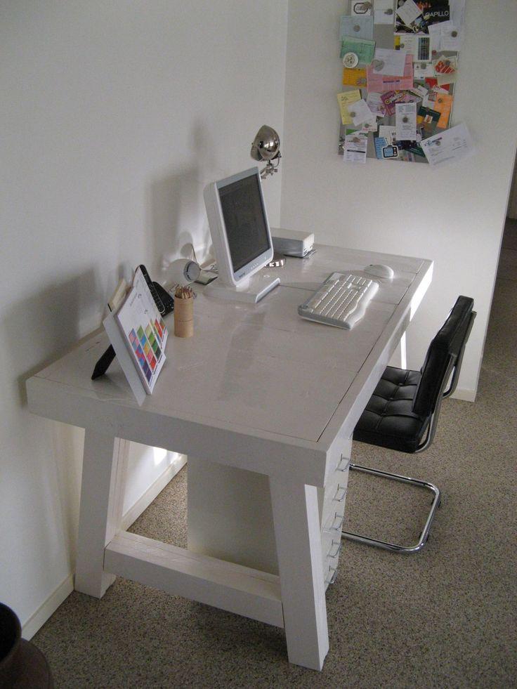 GISS design - buro, steigerhout, steigerhouten bureau
