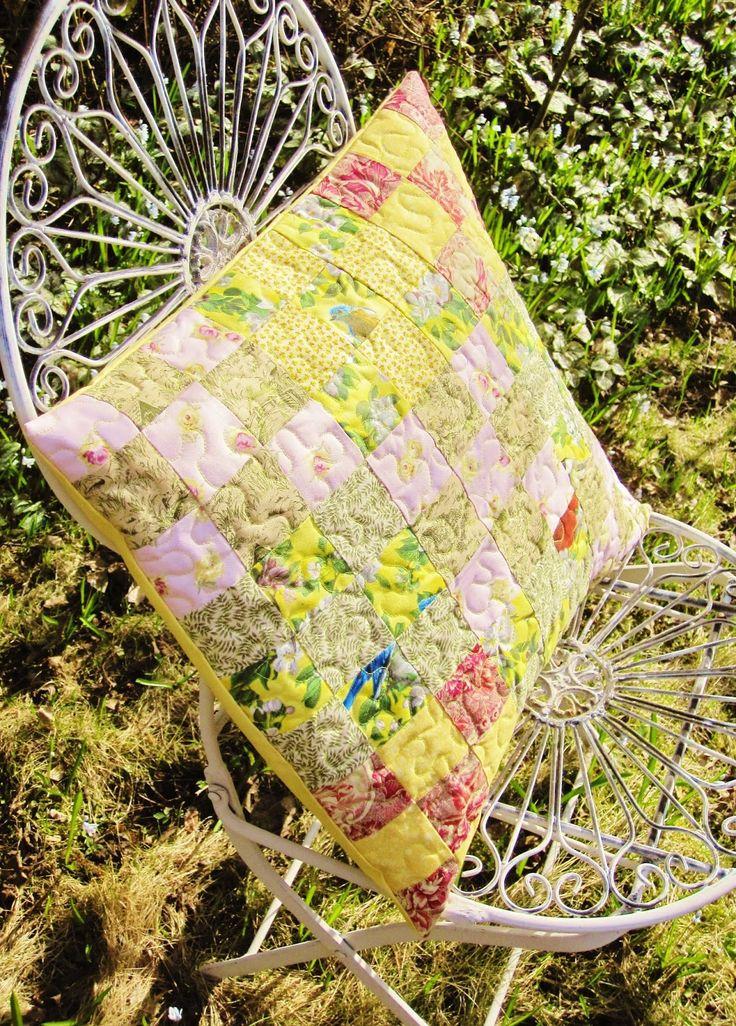 Tilkkupeitto Poppy's poppys.fi: Kevät on keltainen - tilkkutyyny