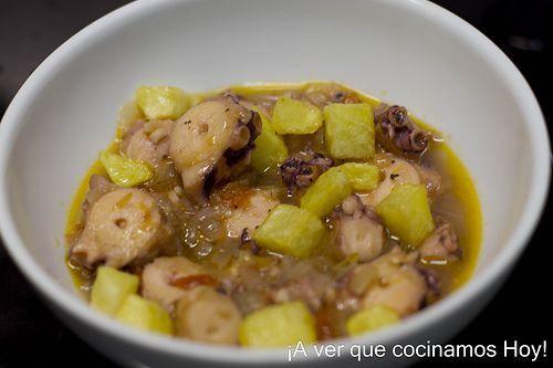 Receta de Pulpo con patatines. Receta Asturiana