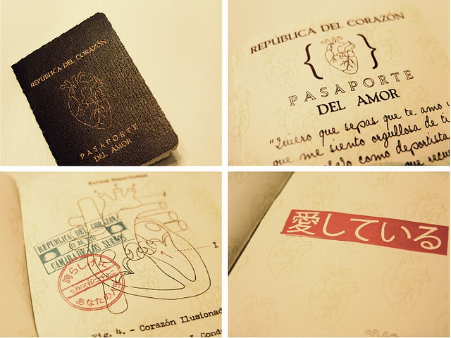 Pasaporte del amor, via Flickr.