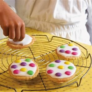Iced Easter biscuits Recipe | delicious. Magazine free recipes