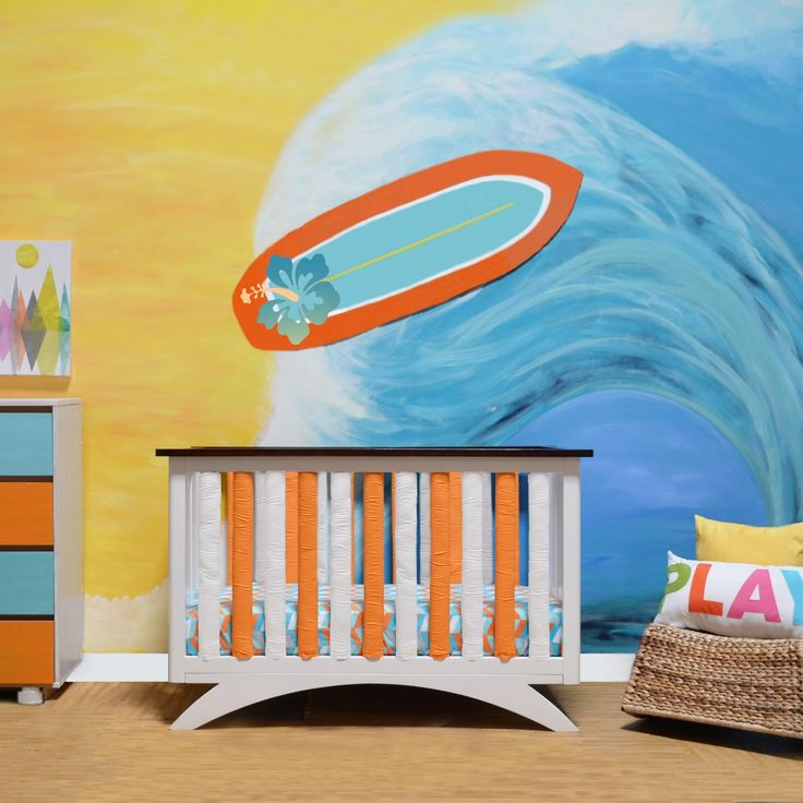 Be different and delight your baby with a soothing but bright burst of orange and white. The reversible features allow you to create all one color or have some fun and mix and match! Just zip on!
