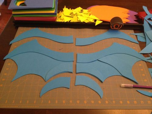 DIY instructions for Dragon wings, feet, masks - great Dragon Party!