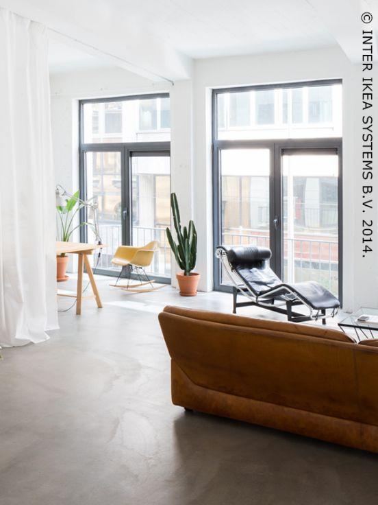 Binnenkijken bij… Nicolas en Catherine en hun gerenoveerd appartement in een oud kantoorgebouw in Antwerpen #huisbezoek #binnenkijken  #IKEAxCoffeeklatch