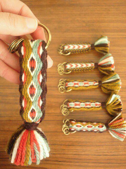 カード織りキーホールダー