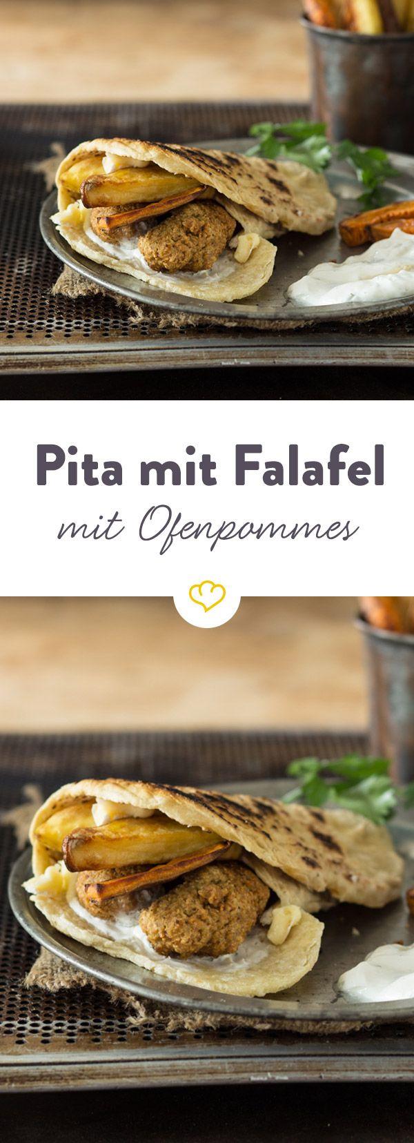 Knusprige Ofenpommes, Falafelbällchen und eine fluffige Pitataschen werden mit frischem würzigen Zaziki genau richtig zusammen gebracht!