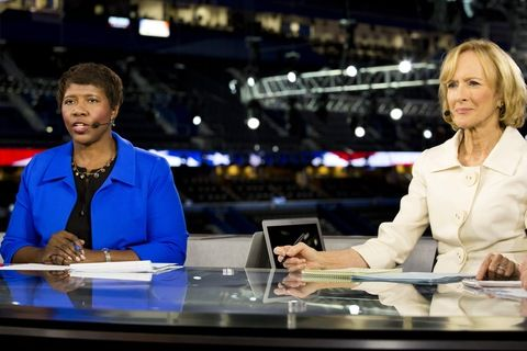 Gwen Ifill and Judy Woodruff  are the first female team to co-anchor a nightly U.S. network newscast. See more with @Newshour 24.
