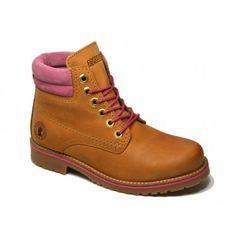 Botas de niña de Coronel Tapiocca. Cómpralas al mejor precio en http://www.calzadoseuropa.es/botas/bota-montana-coronel-tapiocca-amarilla-y-rosa-modelo-c355-52050.html #modainfantil, #calzadoinfantil, #botasniña, #childrenshoes, #calzadoseuropa
