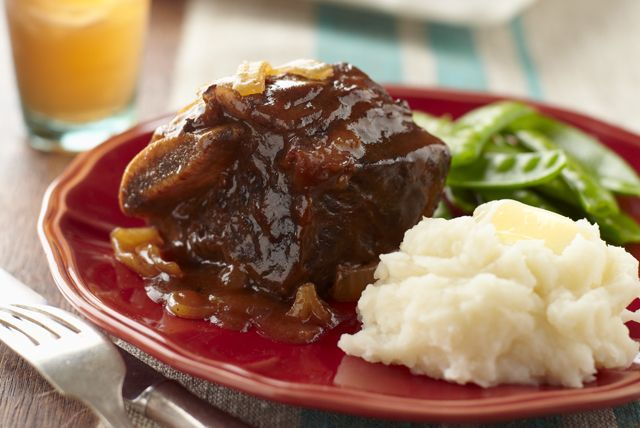 Brisket, move over. BBQ-sauced short ribs are here, ready to give you a run for your money in the tender-and-juicy slow-cooker recipe category.