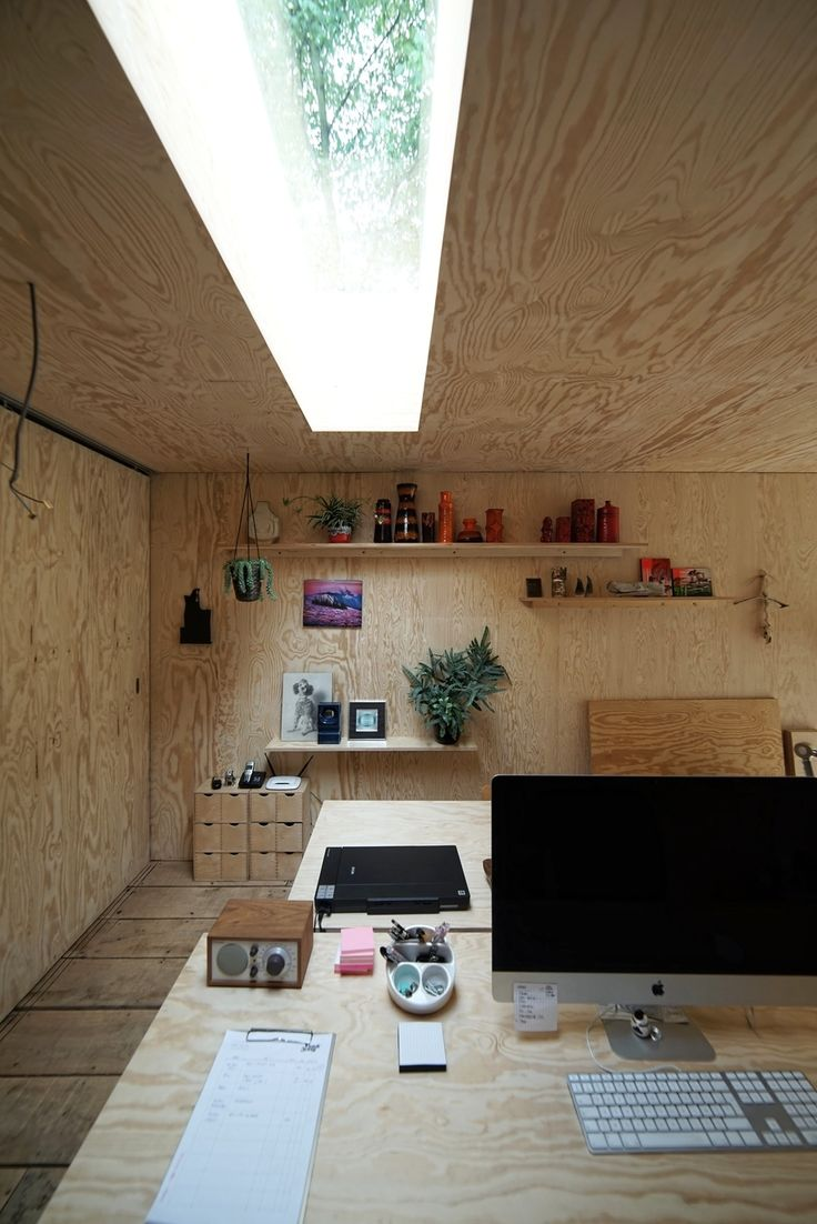 Atelier Pam & Jenny by l'escaut architectureslovely lovely plywood. garden office ideas!