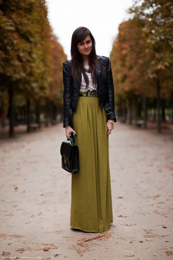 Cute style: Outfits, Longskirt, Clothing, Street Style, Maxiskirt, Long Skirts, Fashion Tips, Leather Jackets, Maxi Skirts