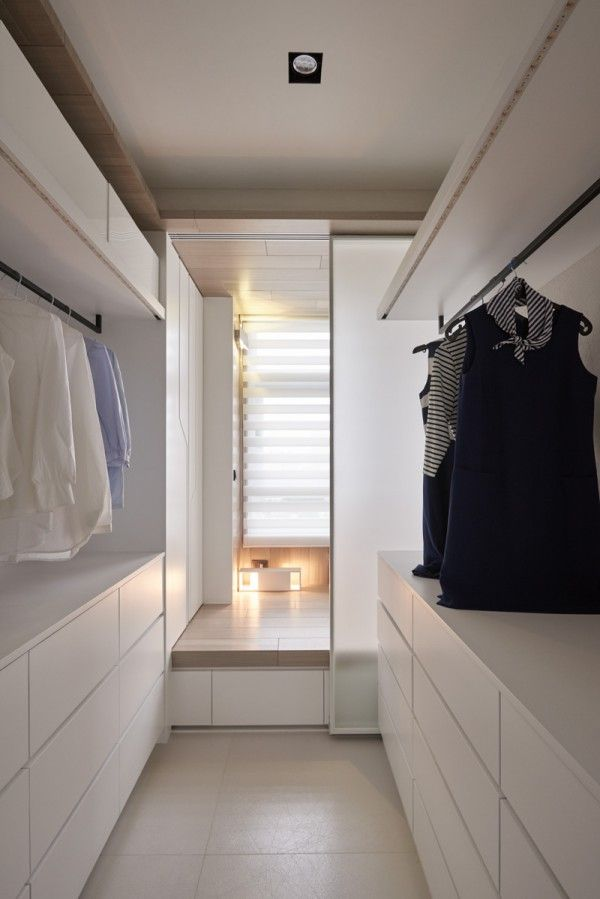 25 best ideas about white closet on pinterest for Walk in closet white