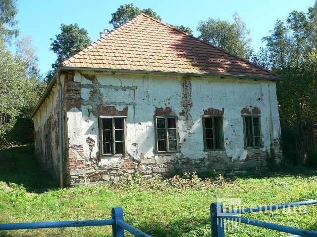 Prodej zemědělské usedlosti 300 m2, Staré Hobzí - Reality.iDNES.cz