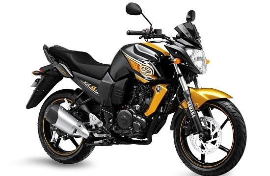 2013 Yamaha FZ-S Launched With 4 New Colours