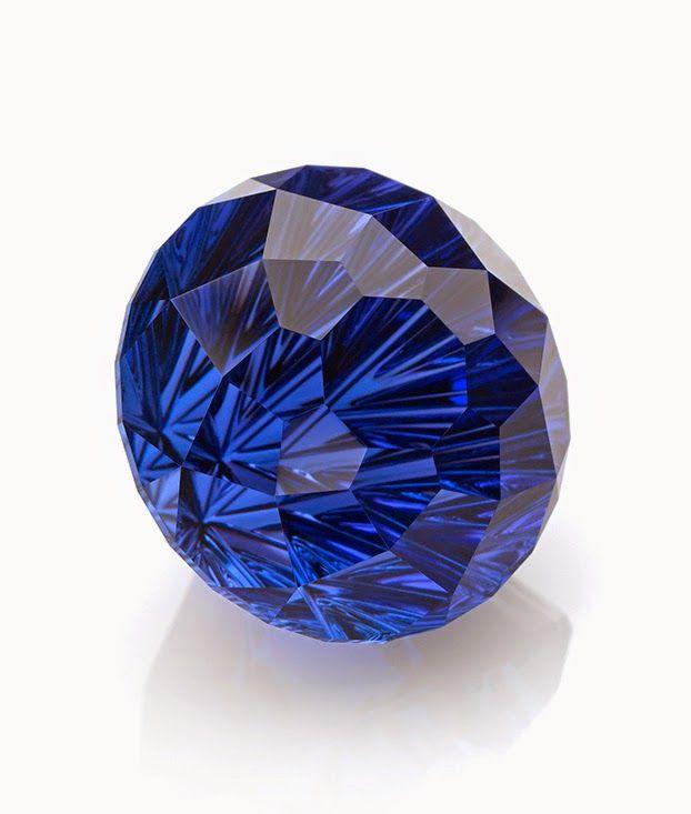 AGTA Spectrum's Cutting Edge Awards for 2015. John Dyer, 19 carat tanzanite