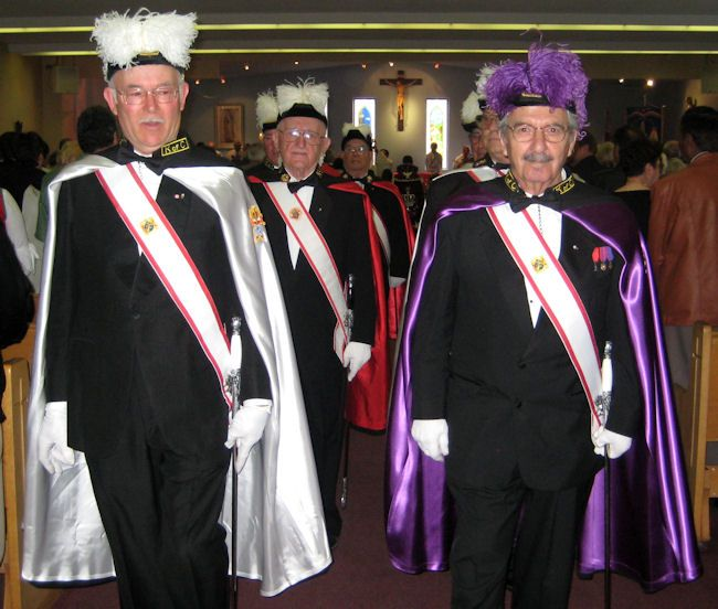 5 Reasons Why Every Catholic Man Should Join the Knights of Columbus