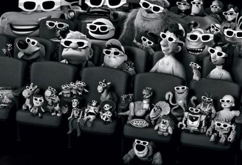 Ir a no mínimo 5 estreias ou pré estreias de filmes legais no cinema!