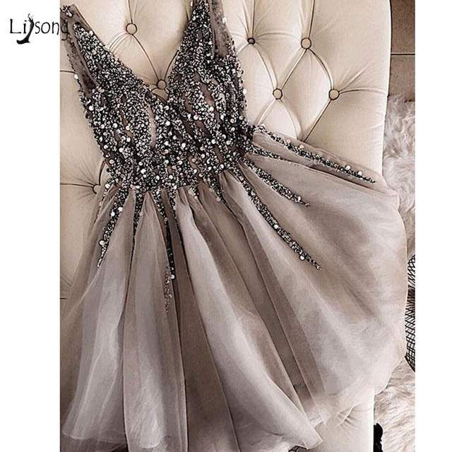 Robe de soirée courte perlée en cristal scintillant robe de bal gris Double col en v Sexy Mini robes de bal brillantes Abiye Vestidos