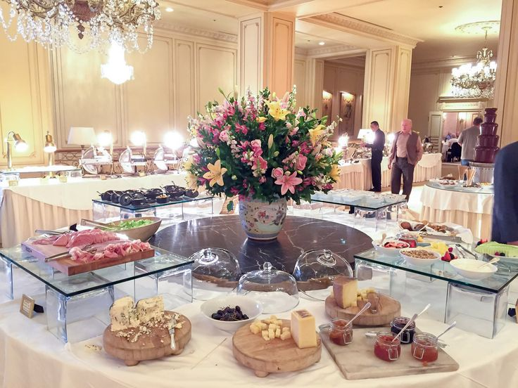 The Westgate Hotel Sunday Brunch Le Fontainebleau Room