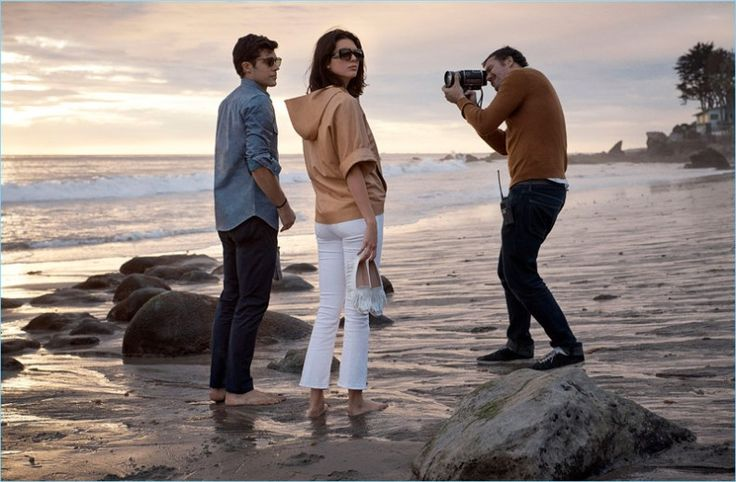 Behind-the-Scenes-Roberto-Bolle-Tods-Spring-Summer-2018-Campaign-001