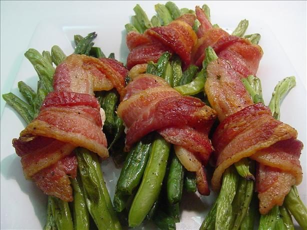 Green Bean Bundles (Paula Deen) from Food.com: This recipe is from Paula Deen's show on Food TV. It looked like the perfect thing for Christmas dinner. It worked out great because I was able to blanch and bundle them and have them all ready to pop in the oven in advance. They looked as yummy as they were. Highly recommended!